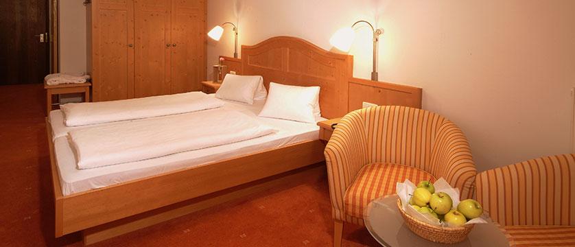 Alpine Resort, Zell am See, Austria - Bedroom.jpg